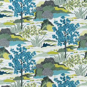 "Thibaut ""Daintree"" in Blue Moon"